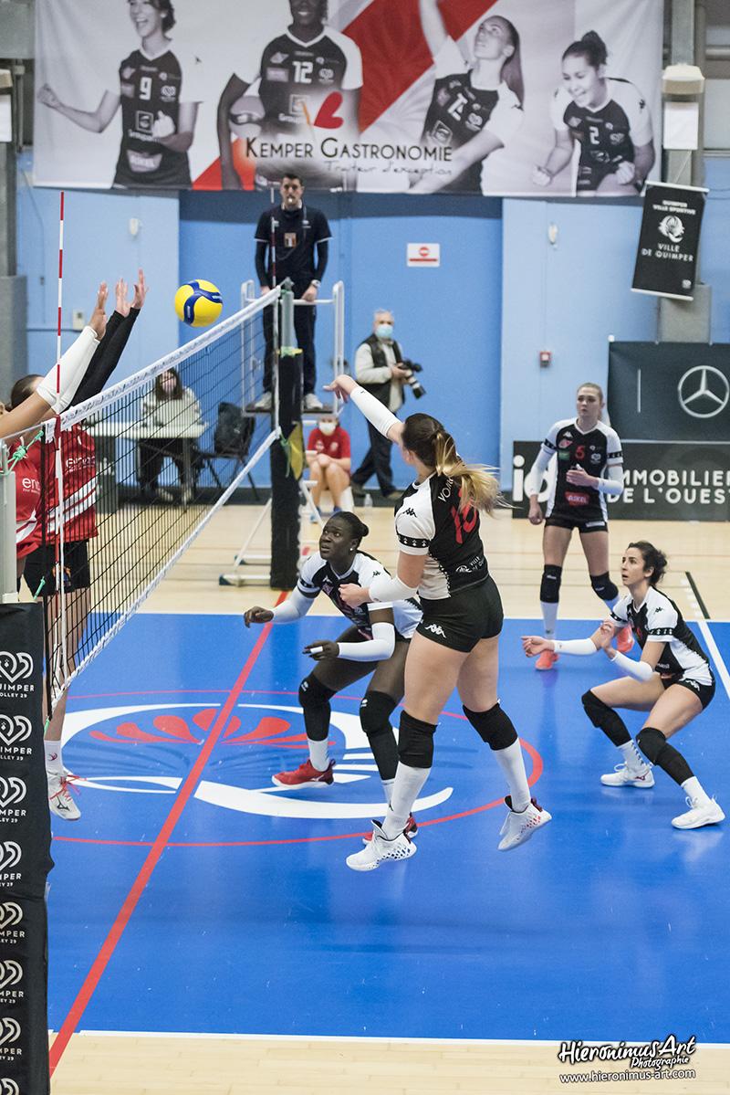 179-QuimperVolley29 - Volley-Ball Halluin