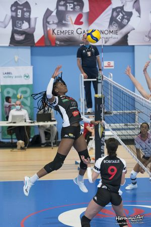 135-Quimper Volley 29 VS Sens Volley 89