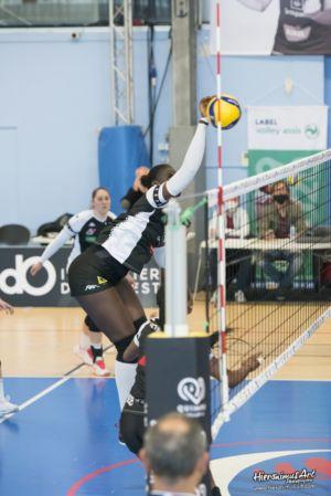 17-Quimper Volley 0 - 3 Evreux Volley Ball